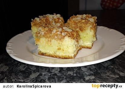 Nadýchaný jablečný koláč