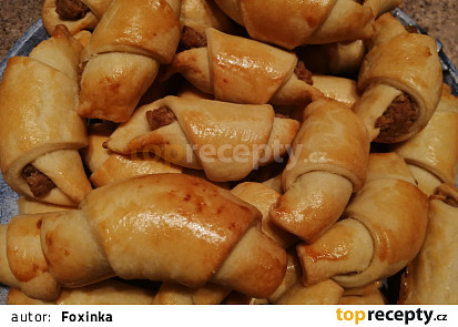 Svatomartinské rohlíčky s náplní z ořechů