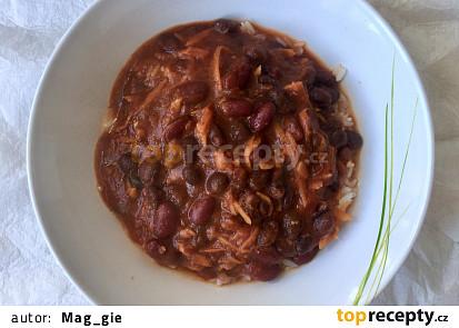 Chilli z červených a černých fazolí - vegan