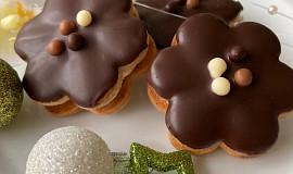 Kytičky plněné čokoládovým krémem