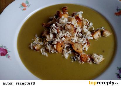 Bramborovo - hrášková polévka