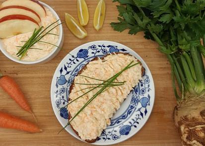 Celerová pomazánka a la humr s mrkví
