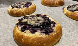 Bezlepkové tvarohové koláče s borůvkami
