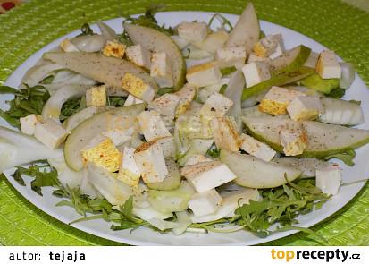 Fenyklový salát se sýrem a hruškou