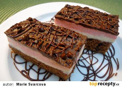Kakaové řezy s tvarohovo-višňovým krémem