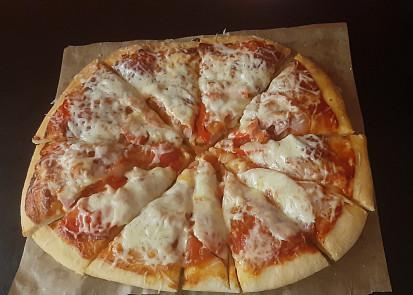 Jednoduchá Pizza