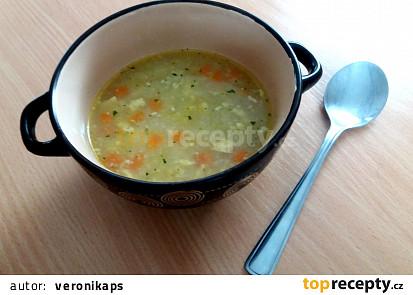 Blesková polévka s vaječnou zavářkou