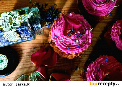 Jarní barevný low carb cupcake