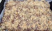 Ořechové řezy s čokoládovo-ořechovým vrškem