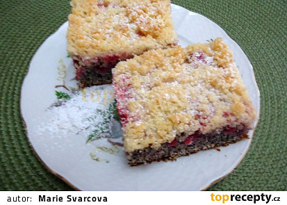 Makový koláč s ovocem a máslovou drobenkou