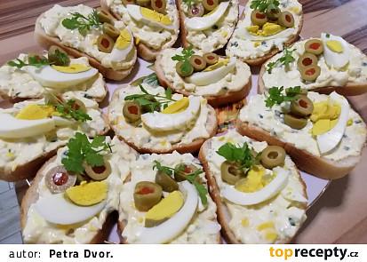 Vajíčková pomazánka s řeřichou na chlebíčky