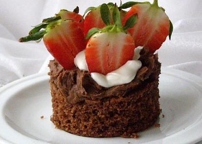 Čokoládové dortíčky s čokoládovým krémem