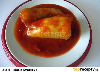 Plněné papriky v netradiční rajčatové omáčce