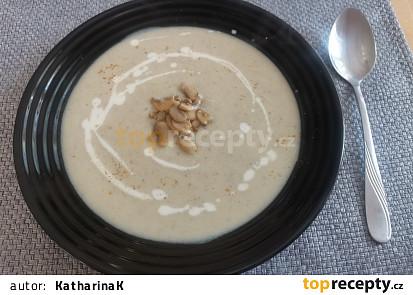 Cuketovo-žampionová polévka