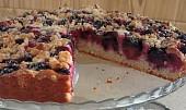 Ostružinový koláč s kardamonem